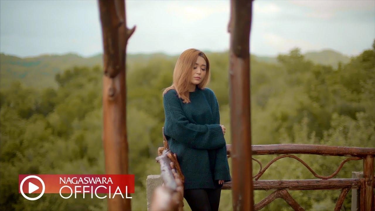 Dinda Permata - Mengalah Untuk Menang (Official Music Video NAGASWARA)