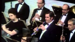 BEETHOVEN Symphony No  6 (Pastoral) in F Op 68  LEONARD BERNSTEIN(Beethoven Symphony No.6 (Pastoral) in F Op.68 Leonard Bernstein (conductor) Boston Symphony Orchestra., 2013-11-17T11:49:40.000Z)