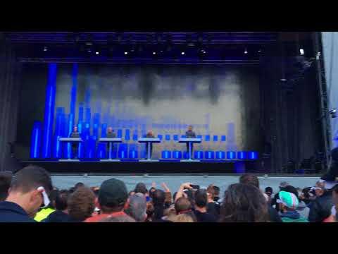 Kraftwerk - Tour de France 2003 - Étape 1 (Live 3D @ Ehrenhof, Düsseldorf 2017)