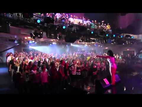 Katy Perry - Teenage Dream & Hot N Cold Medley - Victoria's Secret Fashion Show 30/11/2010 from YouTube · Duration:  4 minutes 28 seconds
