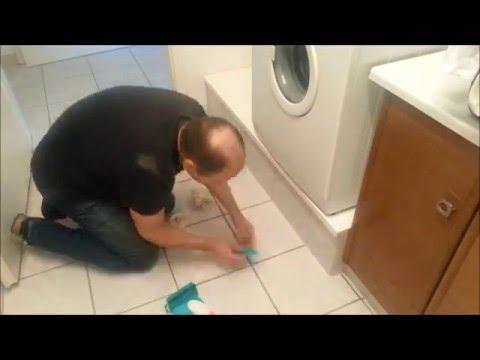 ein-sockel,-podest-für-eine-waschmaschine-und-einen-trockner-teil2