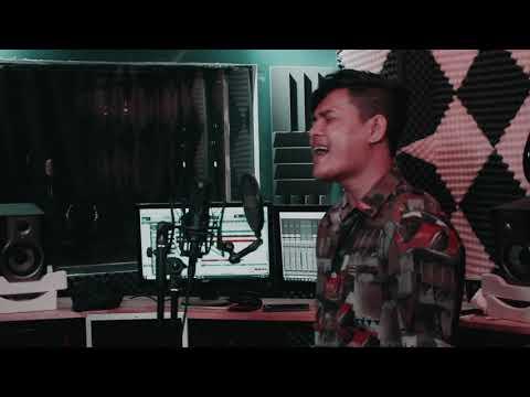 YAN NHYOE(ရန္ျငိဳး) - MINI MV - HOME FILIMING - HTET MON - (MUSIC BY KINA)