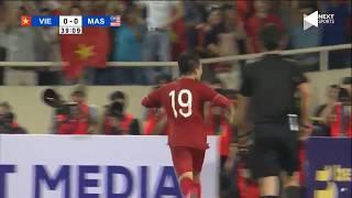 Quang Hải ngả người ghi bàn đẳng cấp vào lưới Malaysia | Bóng Đá Việt