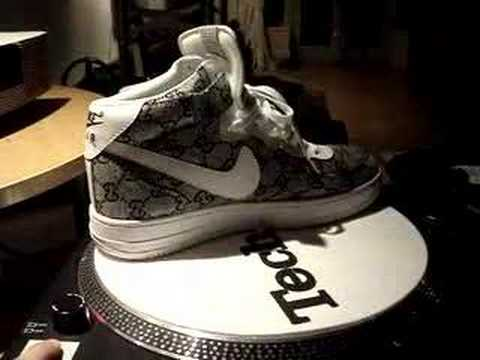 "Nike Air Force 1 Low ""Oreo Kicks on the ground Nike air"