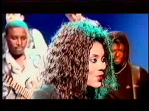 Monique Seka___Chilèn'koé.DAT Official Video