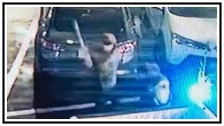 Brutal Assault Robbery With Baseball Bat To The Head | CCTV | United States | 20190118