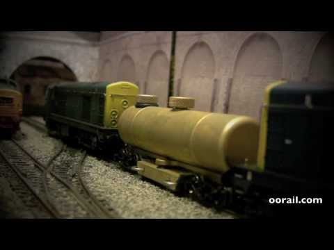 oorail.com | CMX Track Cleaner on OO scale Model Railways