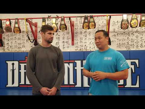 Zhong Luo Cage Fighting Series 02/MFC Georgii Eyvas Pre fight interview.