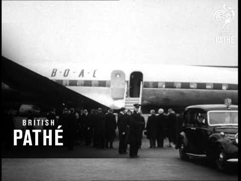 Selected Originals - Long Live The Queen Aka Queen Elizabeth II Returns From Kenya (1952)