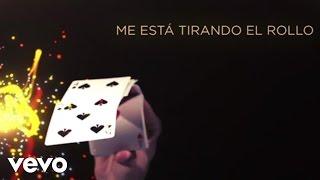 Banda Los Recoditos - Me Está Tirando El Rollo (Lyric Video)