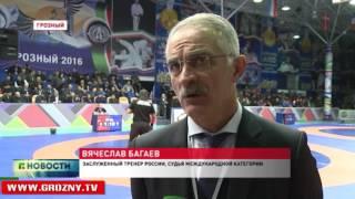 В Грозном проходит Всероссийский турнир по вольной борьбе памяти Деги Багаева