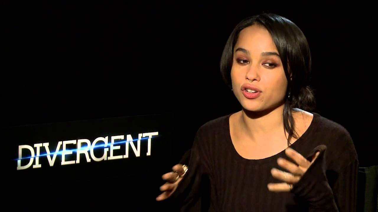 Zoë Kravitz Shares Working on Set & Being a Famous Daughter - Girl Crush