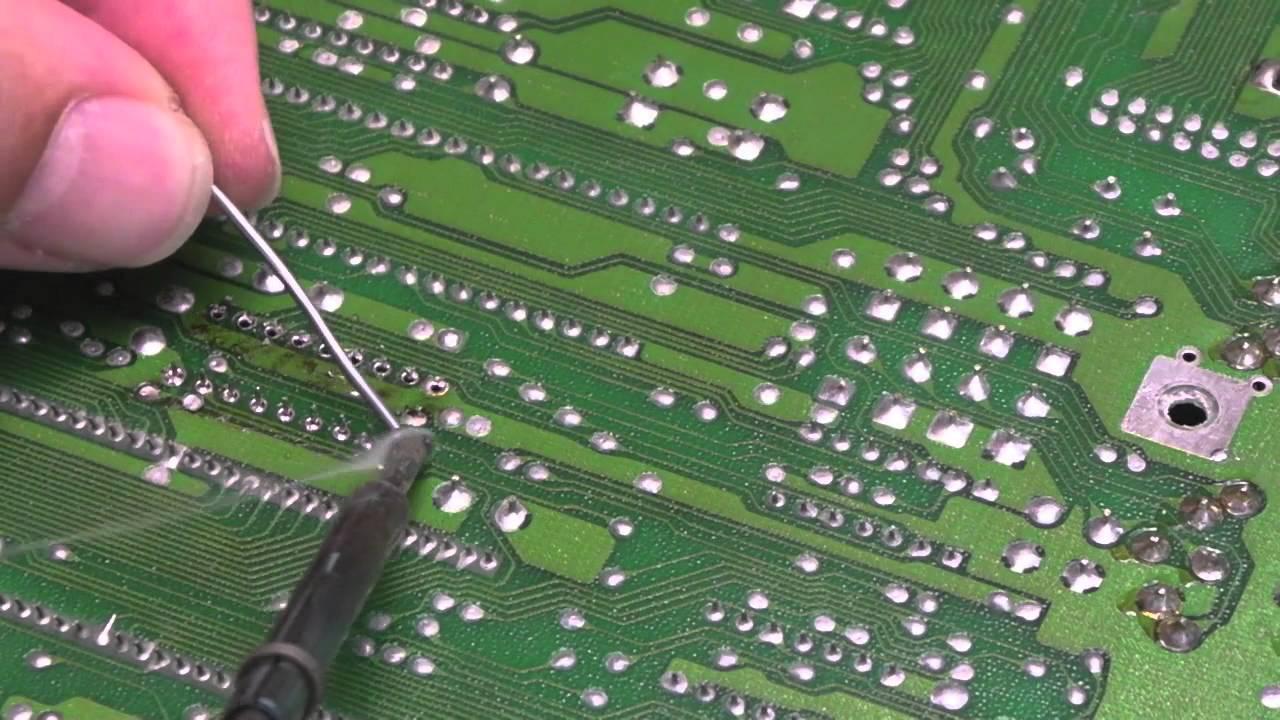 Commodore 64 (C64C) Color (Colour) RAM (SRAM) Repair
