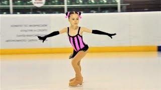Детей из Ханты Мансийска бесплатно учат азам фигурного катания