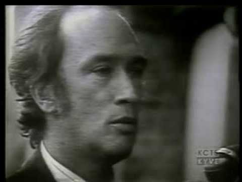 Remembering Pierre Trudeau of Canada - PBS NewsHour - 2000