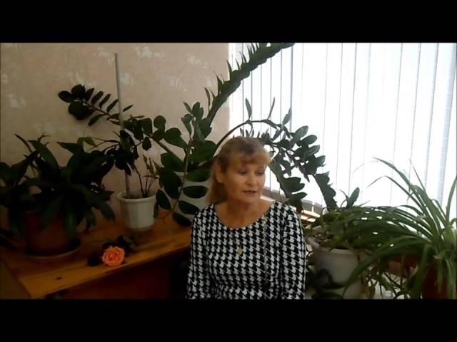 Изображение предпросмотра прочтения – СветланаАнтропова читает произведение «Розы» И.А.Бунина