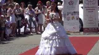 o1.ua - Парад невест в Одессе