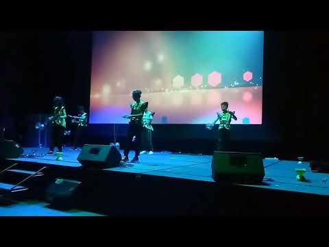 Awesome Diabolo Chinese Yoyo Performance 循人华小表演超精彩扯铃