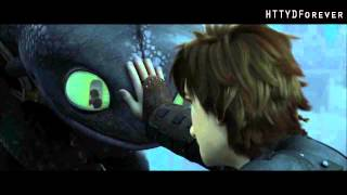 HTTYD 2 - Hiccup and Toothless touching scene