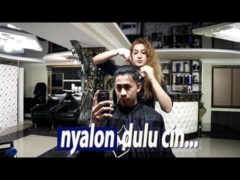 """Siapa mau dicukurin sm mbak"""" Rusia? - Daily Vlog"""