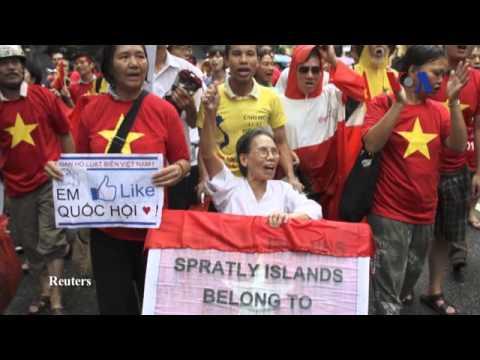 Việt Nam thu hồi tài sản của quan chức, quyết diệt trừ tham nhũng