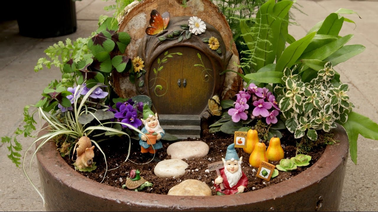 Miniature Gnome Garden // Garden Answer - YouTube