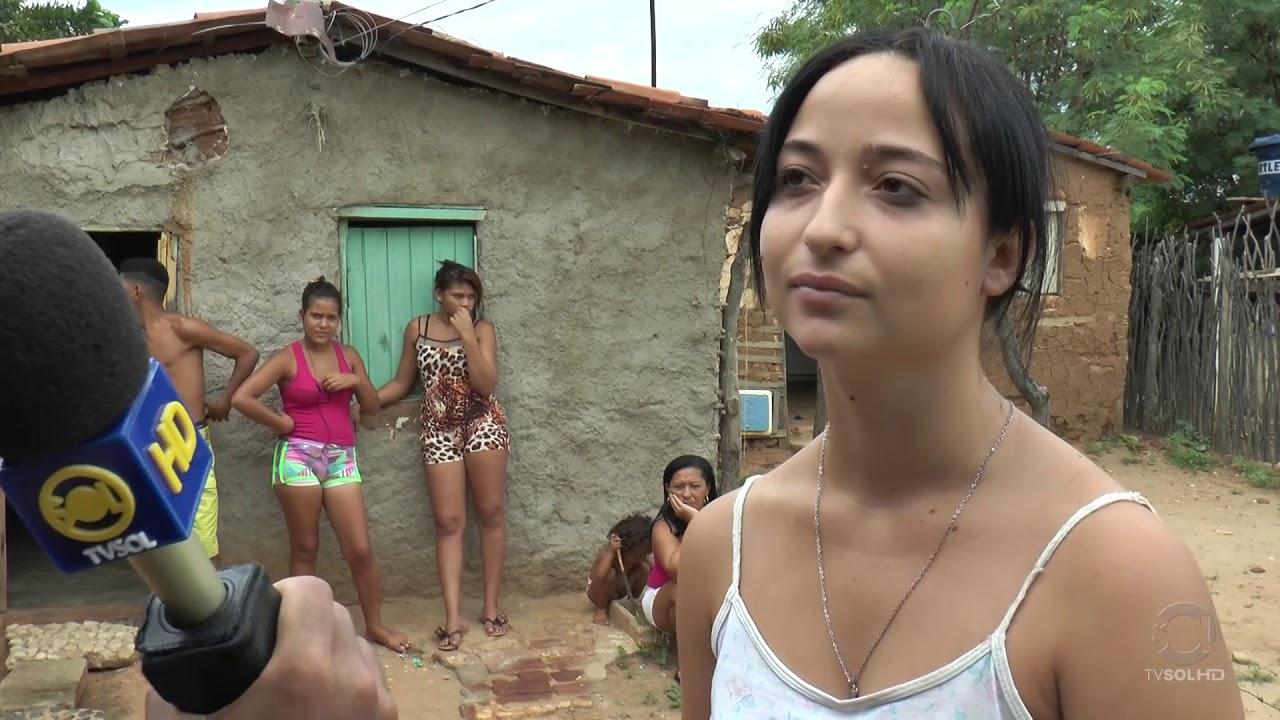 Download Casas de taipa em Patos! Conheça como vivem essas famílias