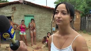 Casas de taipa em Patos! Conheça como vivem essas famílias