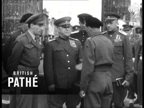 Monty & Russians In Berlin (1945)