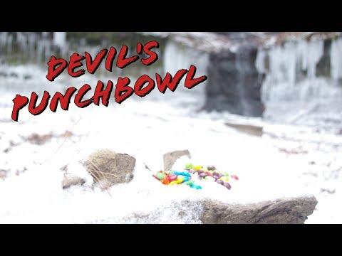 Devil's Punch Bowl: Menomonie, WI