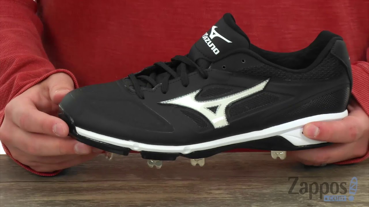 c750157e1 Baseball Cleats: Top 5 Best Metal Spikes for Men in 2018   Heavy.com