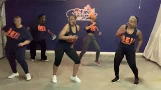 """Yourself"" Line Dance (Diamond Cheri) 