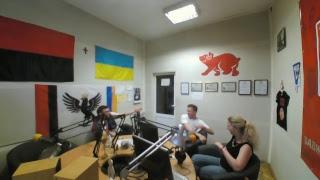 Онлайн камера в студії радіо Західний Полюс | 104.3 ФМ | Івано-Франківськ