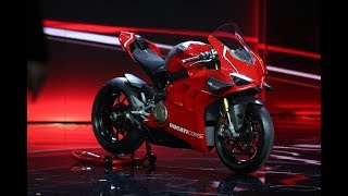 Ducati Panigale V4R 2019 - Unveil and Walkaround - First info