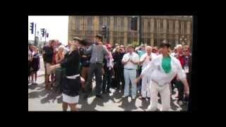 Download Лезгинка в Лондоне Mp3 and Videos
