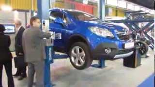 видео Автомобильные подъёмники Peak и Powerlift