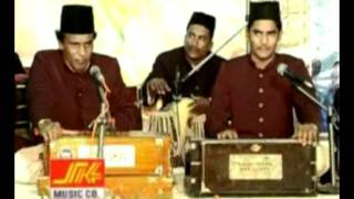 Video ''Koi Dekhy toh boly  boly mera sanam.'',Qwaal MD.Mehboob Banda Nwazi.'' download MP3, 3GP, MP4, WEBM, AVI, FLV Mei 2018