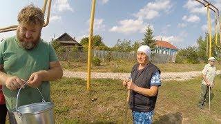 ПАВЛИК СЛОМАЛ КОЛОДЕЦ / БАБУШКА ЛЮТУЕТ (на съемках Павлик 5 Сезон)