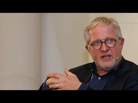 Europa : DIALOG mit Harald Krassnitzer