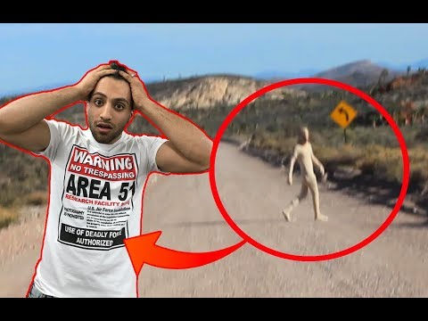 (FOUND SECRET ALIEN RESEARCH CENTRE) 24 HOUR OVERNIGHT in AREA 51 | OVERNIGHT CHALLENGE IN DESERT