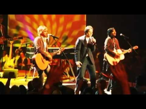 New Life Church - Everyone (Praises) (Live)