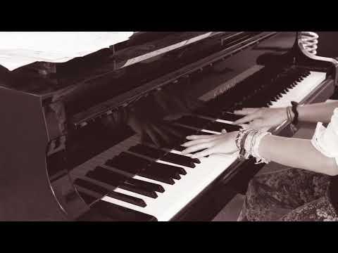 The Hobbit - Misty Mountains Cold von YouTube · Dauer:  1 Minuten 50 Sekunden