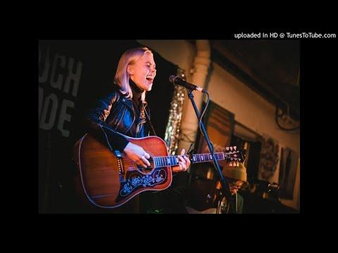 "Phoebe Bridgers: ""Teenage Dirtbag"" (Wheatus cover)"