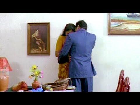 അപ്പൊ ഇന്റർനെറ്റിൽ തപ്പാനുണ്ടെന്നു പറഞ്ഞത് ഇതാണല്ലേ   Shankar , Reshma - Romantic Scene