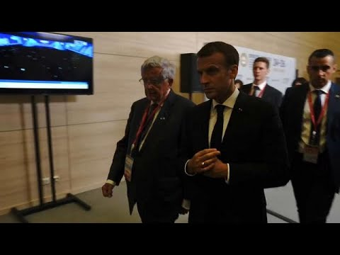 French and Russian businessmen strike deals at International Economic Forum