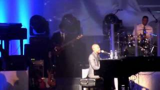 Kem @ MSG Encore Song -  Why Would You Stay