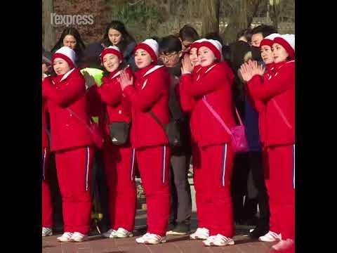 Aux JO, les pom-pom girls nord-coréennes suscitent le malaise