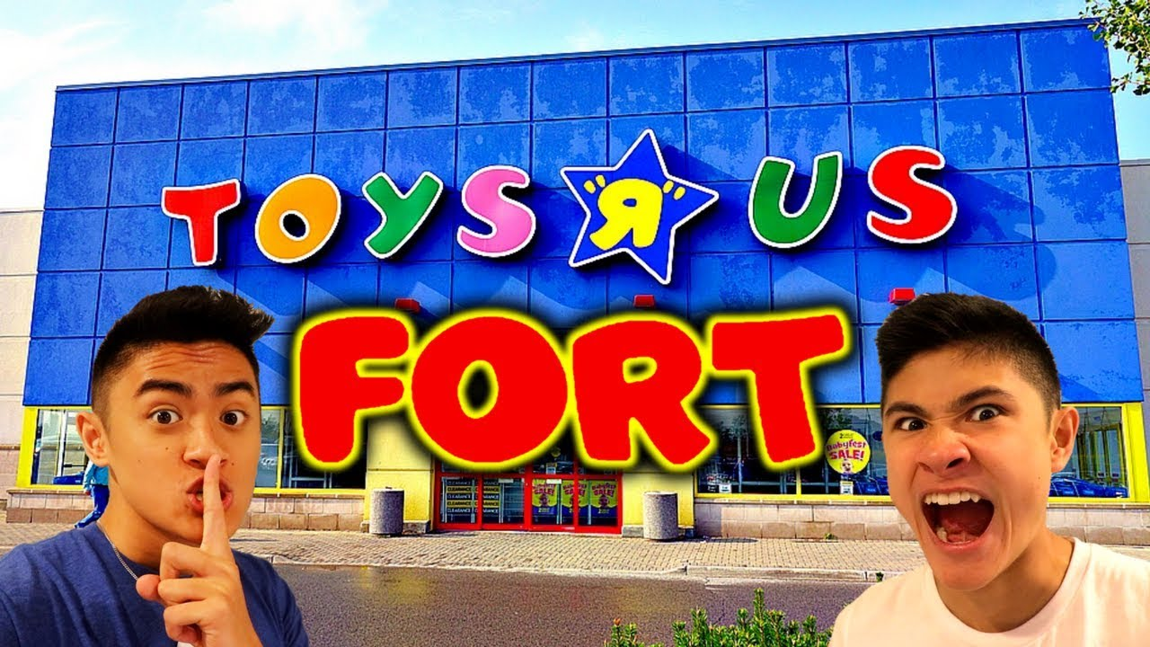 toys r us and walmart fort youtube. Black Bedroom Furniture Sets. Home Design Ideas
