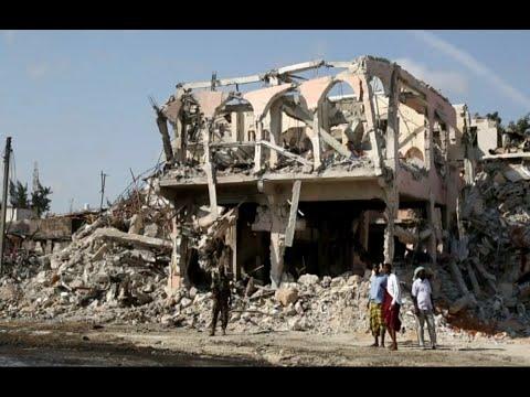حصري - بعد نجاته بأعجوبة.. صحفي صومالي يتحدث عن تفجير مقديشو  - نشر قبل 4 ساعة