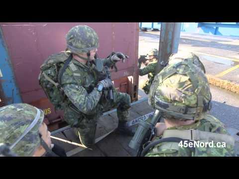 Entraînement du 34e Groupe-brigade du Canada au port de Montréal